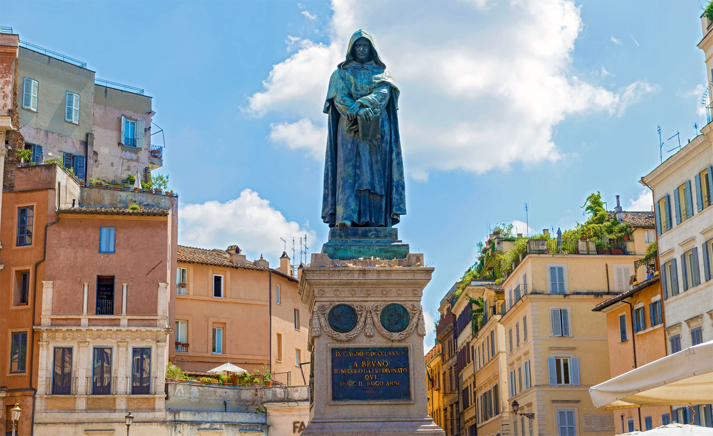 The statue of Giordano Bruno in Campo dei Fiori