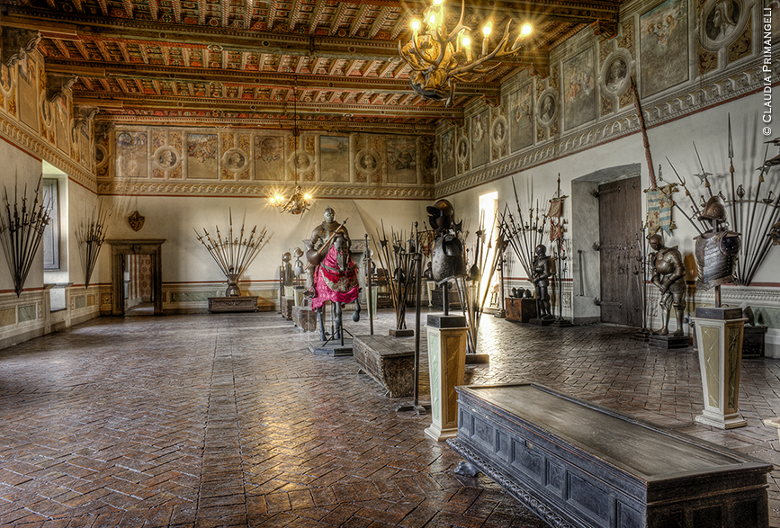Castle of Bracciano - Hall of the Weapons