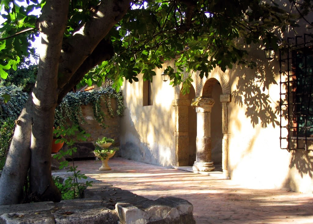Castle of Santa Severa - Inner courtyard