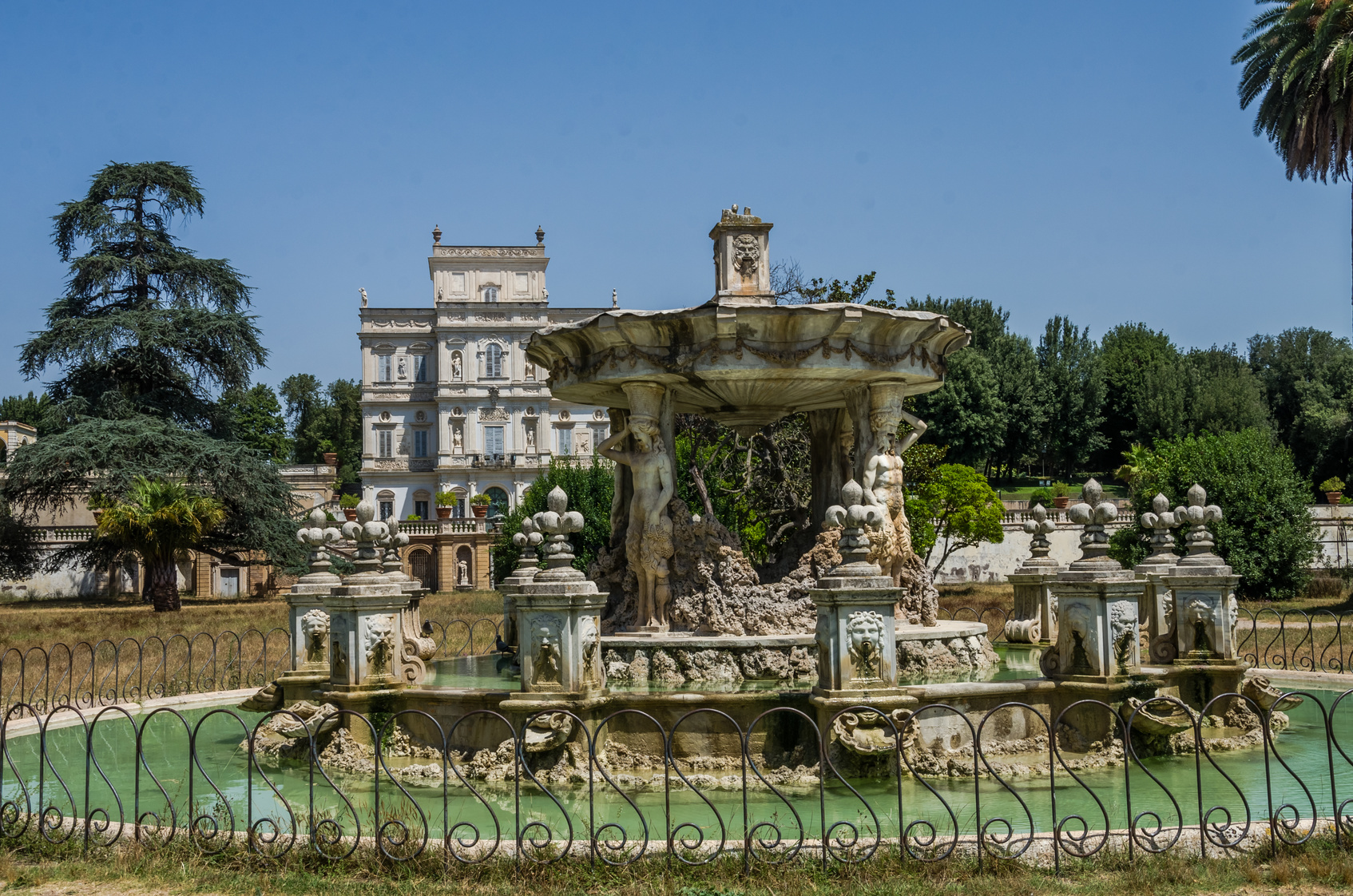 10 things you can't miss in Villa Pamphili   Port Mobility