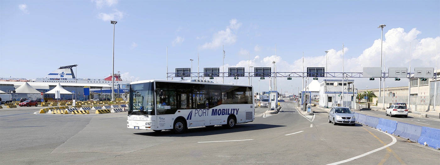One of Port Mobility shuttle buses at work