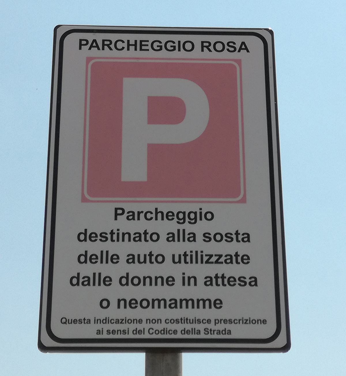 The sign that will be at every pink parking space in the Port of Civitavecchia