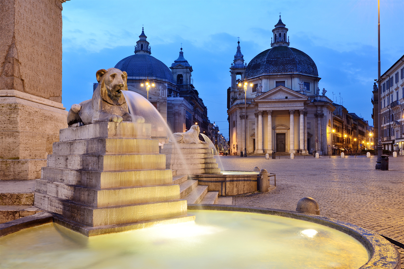 Piazza del Popolo - Particular of the basins with lions