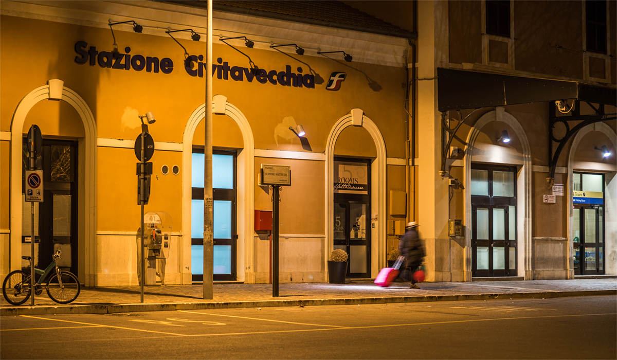 How to reach Civitavecchia railway station from the Port - Picture by Marco Quartieri