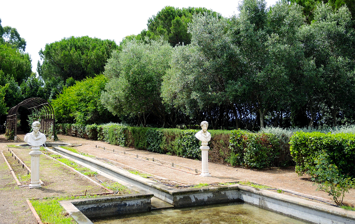 Taurine Baths of Civitavecchia - Botanical Garden